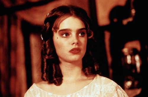 brooke shields fondo de pantalla probably containing a portrait called Pretty Baby