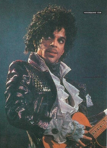 Prince wallpaper containing a concert and a guitarist called Prince