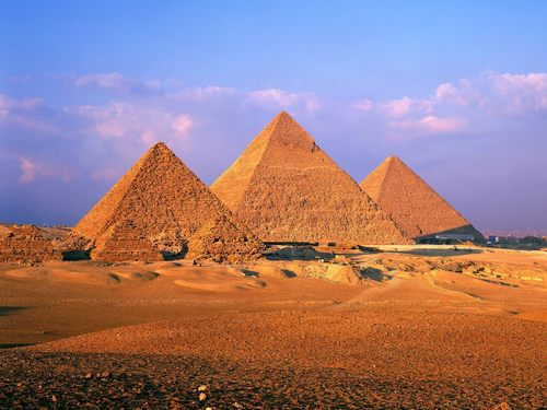 Pyramids of Giza - egypt Wallpaper