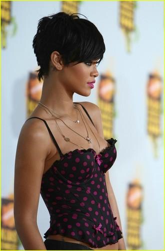 Rihanna @ Kids Choice Awards
