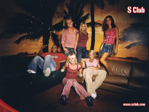 S Club 7 壁紙 possibly with a sign called S Club 7