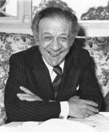 Carry On Movies wallpaper titled Sid James