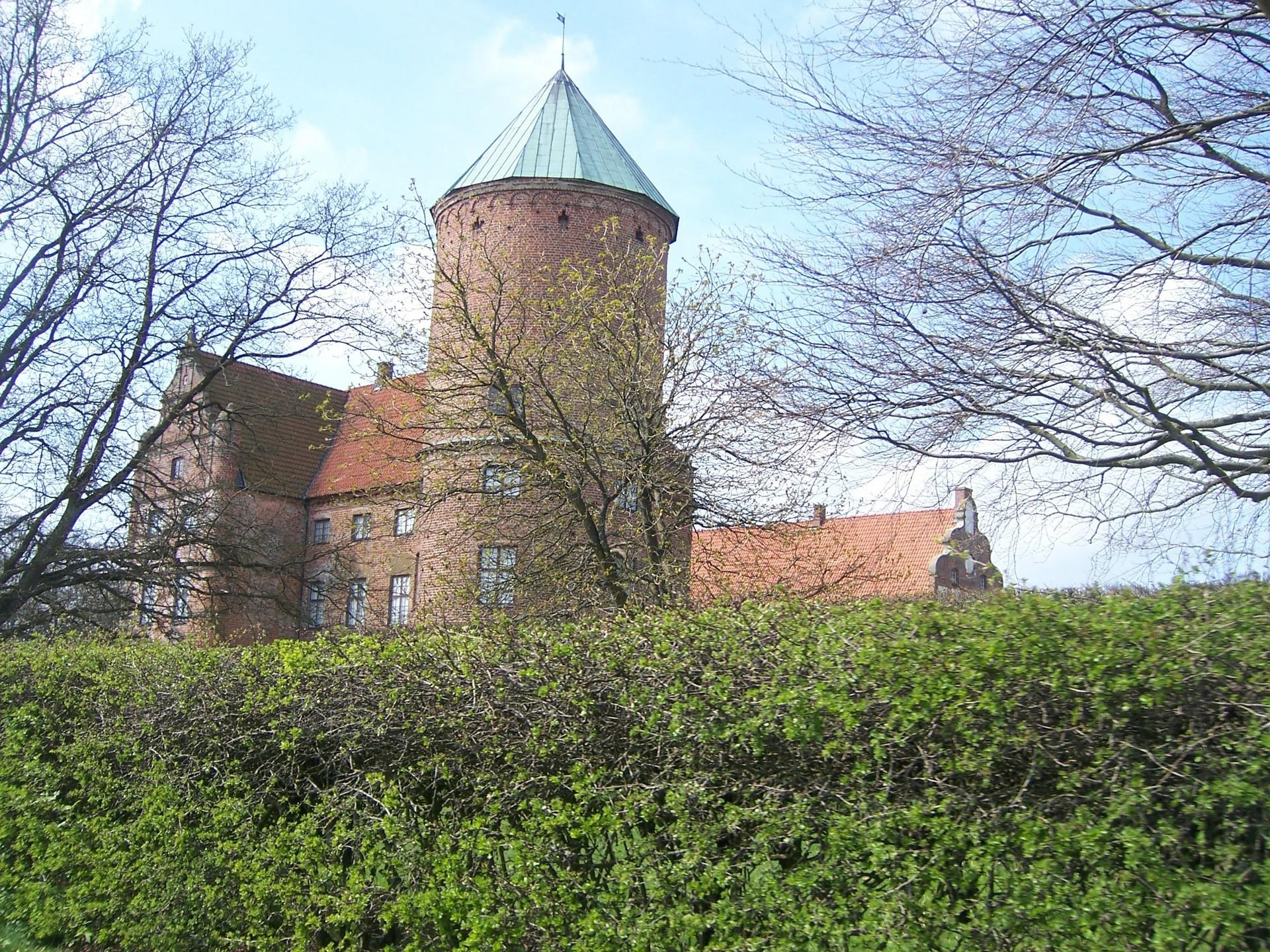 skarhult slott