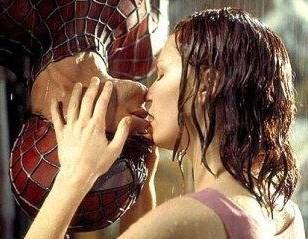 Romantic Movie Moments Hintergrund called Spiderman KISS