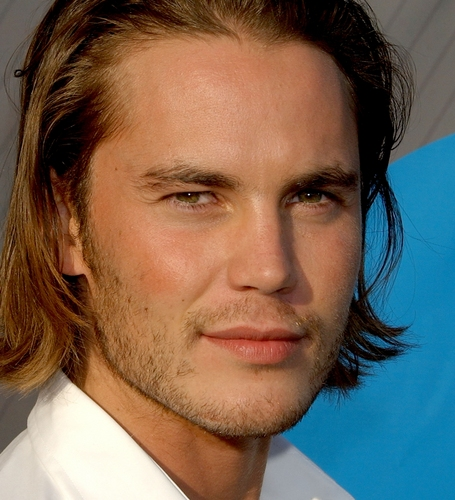泰勒·克奇 壁纸 entitled Taylor Kitsch
