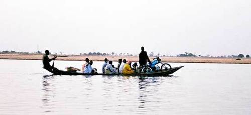The African life سے طرف کی the river