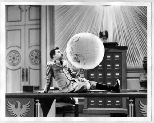 Charlie Chaplin wallpaper with a meteorological balloon called The Great Dictator