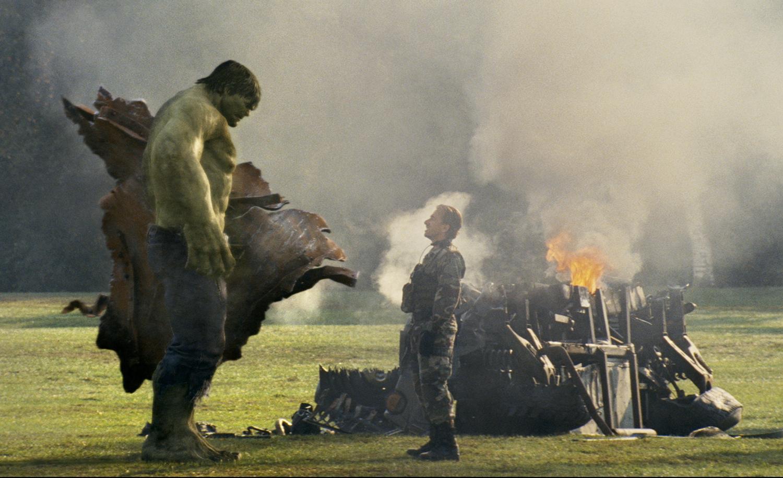 el increible hulk contra superman: