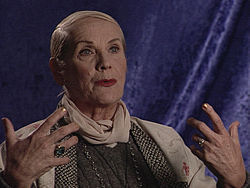 Vampira in 2001