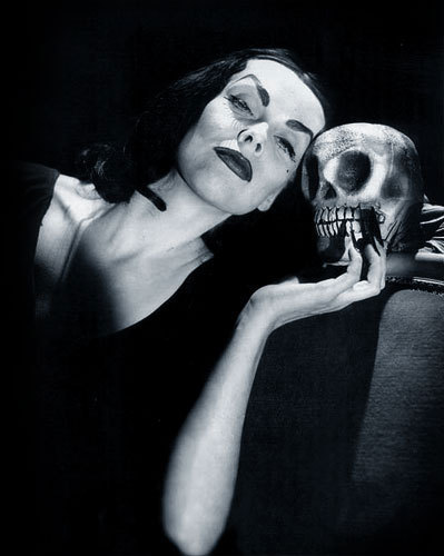Vampira - Wallpaper Colection