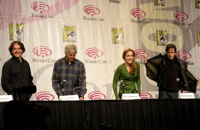 The X-Files achtergrond called Wondercon