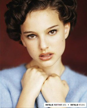 actrices fond d'écran containing a portrait and skin called Young Natalie Portman
