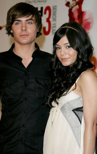 Zac Efron wallpaper called Zac & Vanessa