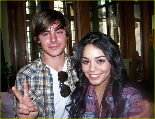 Zac Efron & Vanessa Hudgens wallpaper called Zanessa on the set of HSM3