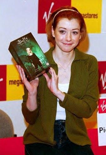 alyson holding season 4 boxset
