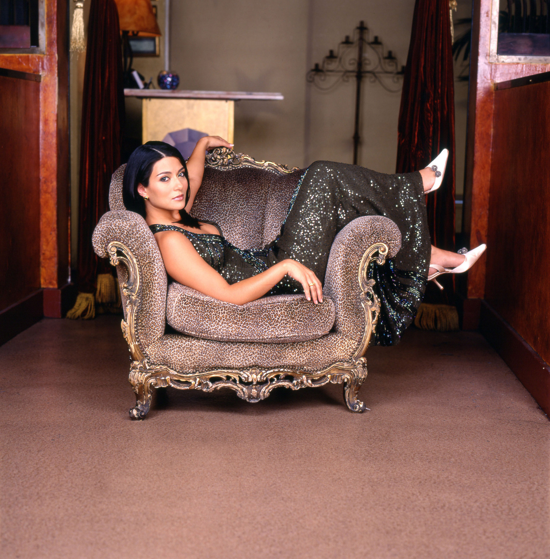 Marisol nichols strip search apologise