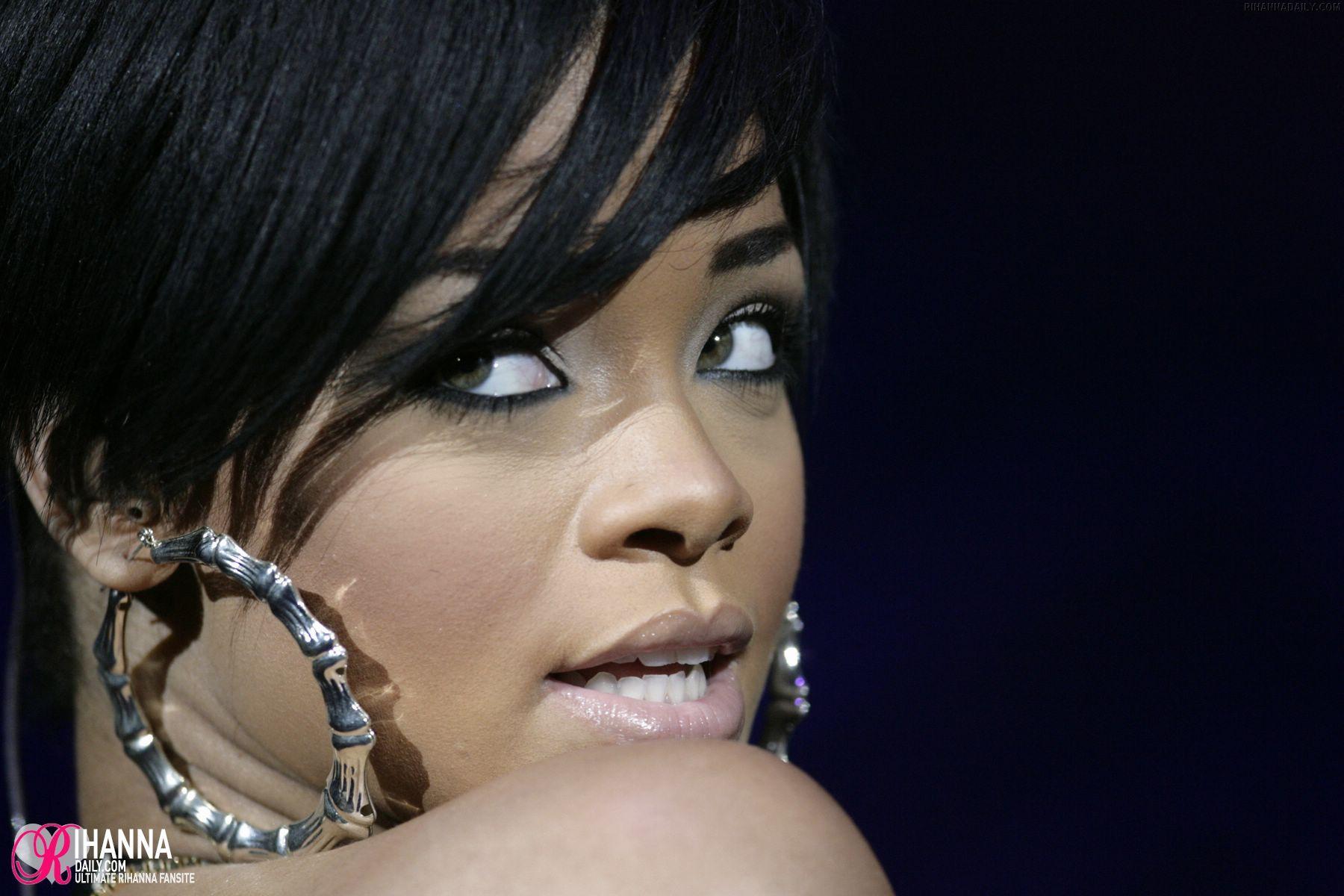 rihanna - Rihanna Photo (1010380) - Fanpop Rihanna