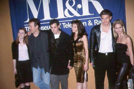 Season 3 Cast Buffy The Vampire Slayer Photo 1193036