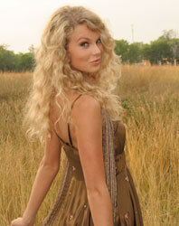 Taylor Swift  Mcgraw on Taylor From Tim Mcgraw Video   Taylor Swift Photo  974051    Fanpop