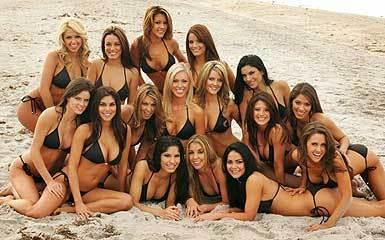 the Best Damn Hooters Girls!