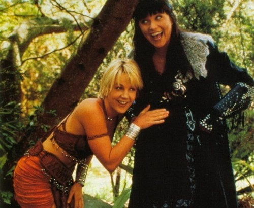 Xena: Warrior Princess wallpaper titled xena & gabrielle
