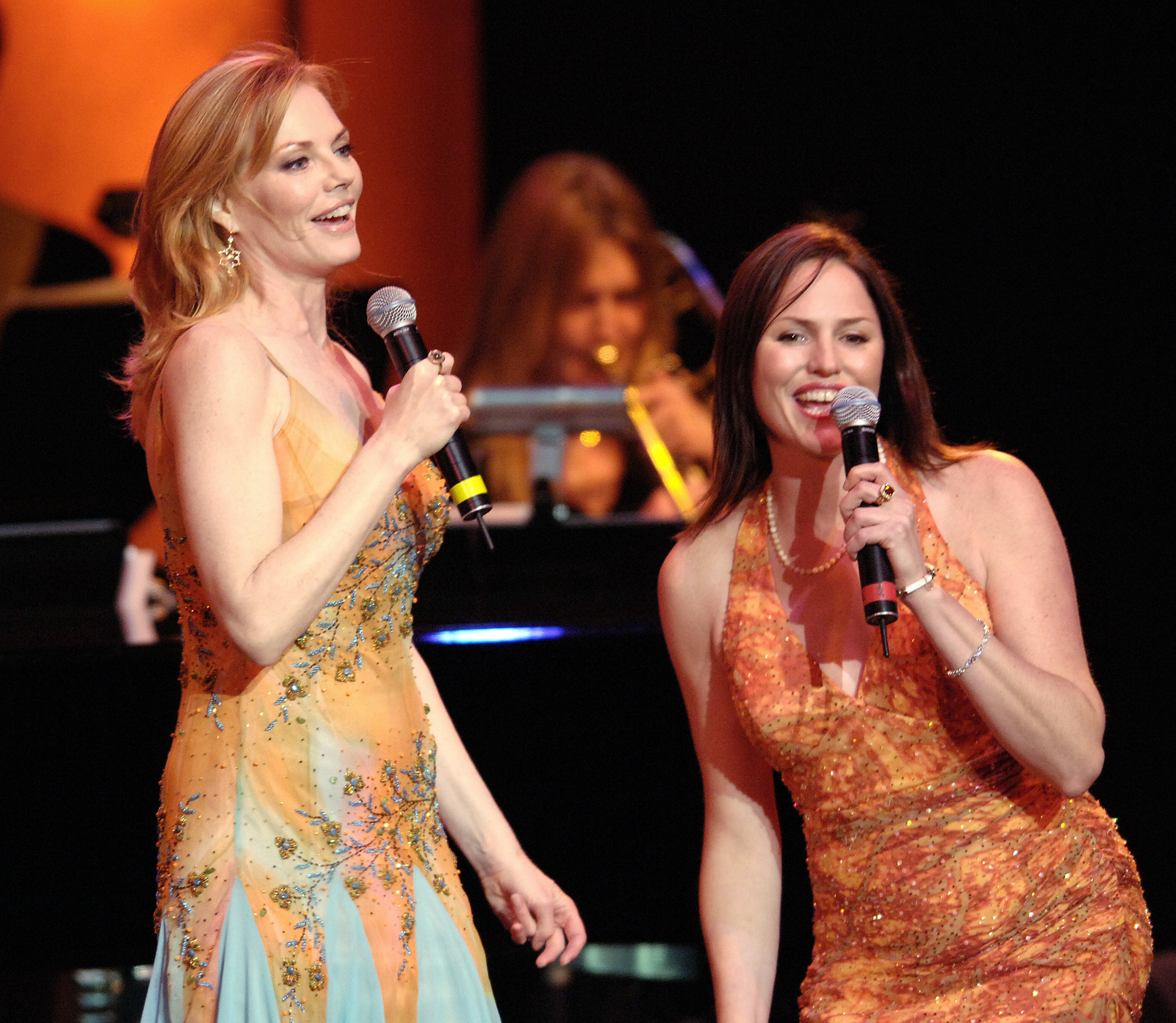 Jorja Fox and marg helgenberger singing