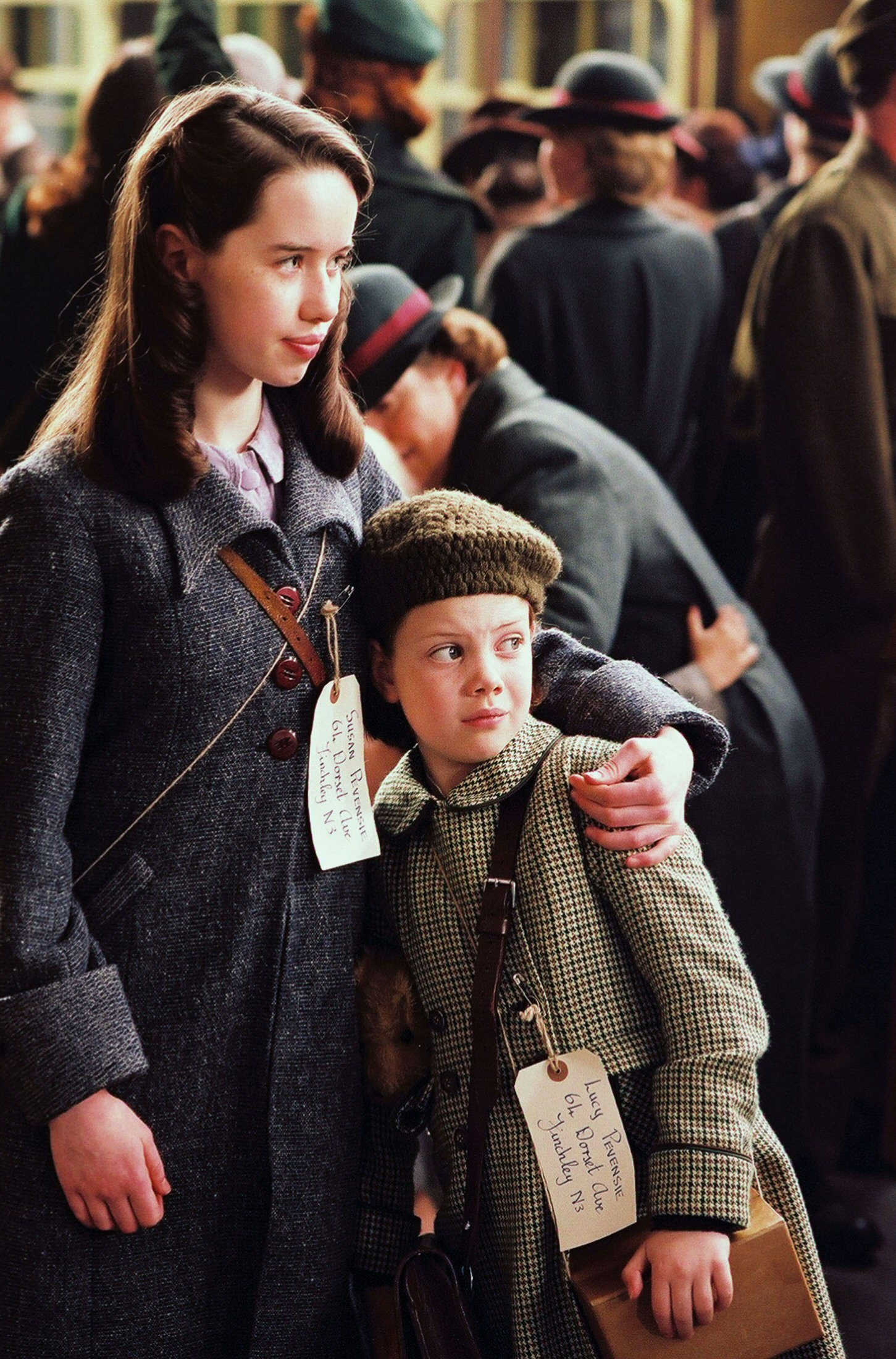 Susan and Lucy - anna-popplewell photo