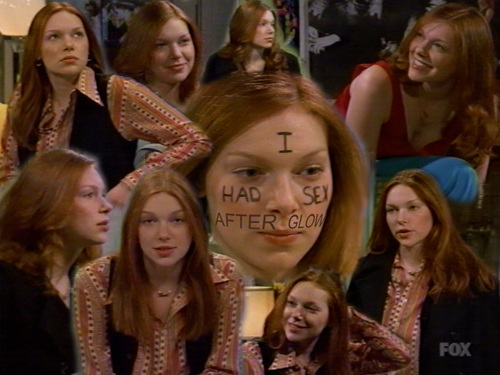 Laura Prepon wallpaper containing a portrait called That 70's Show