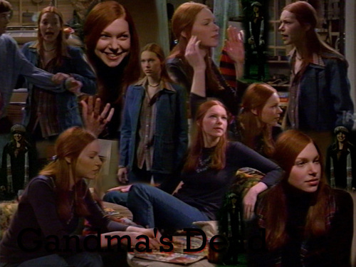 Laura Prepon wallpaper possibly with a business suit and a brasserie called That 70's Show