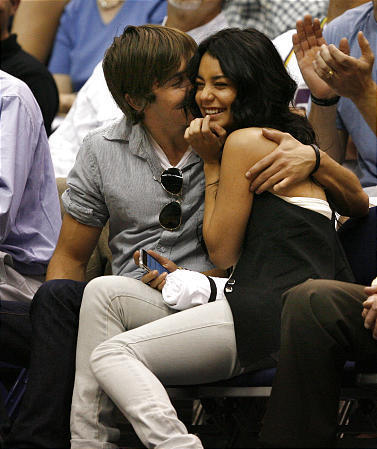vanessa hudgens and zac efron 7