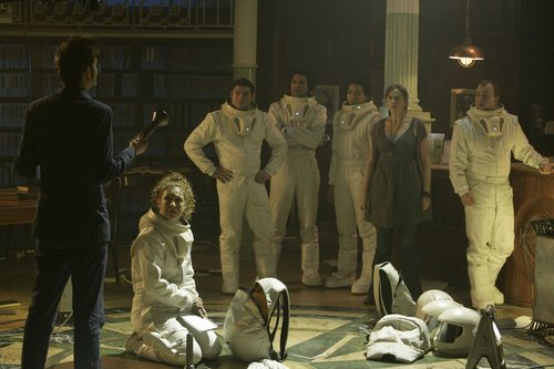 4x08 - Silence in the biblioteca - Promo fotos