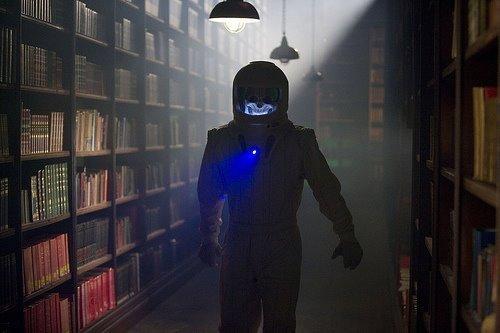 4x08 - Silence in the biblioteca - Promo fotos