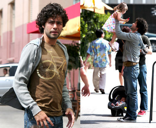 Adrian Grenier sweeps another young lady off her feet at Luna Park!