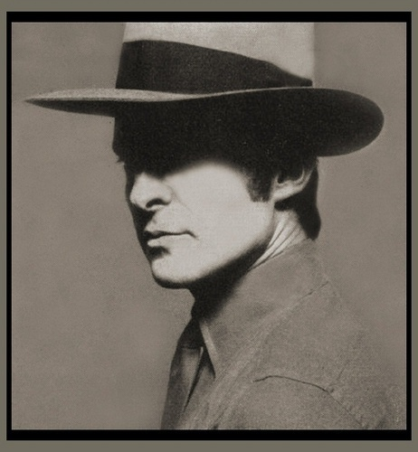 Jeremy Brett wallpaper with a snap brim hat, a campaign hat, and a fedora called Brett