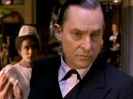 Jeremy Brett Hintergrund containing a business suit, a suit, and a two piece called Brett