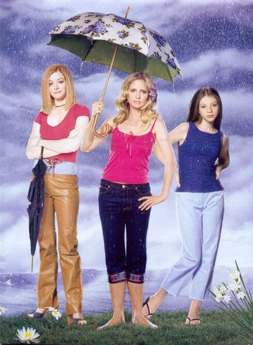 Buffy The Vampire Slayer kertas dinding containing a parasol entitled Buffy,Willow & Dawn