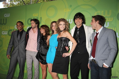 Cast @ CW upfronts! :]