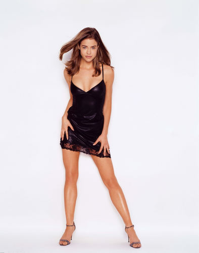 Denise Richards wallpaper containing a cocktail dress, a bustier, and a chemise entitled Denise