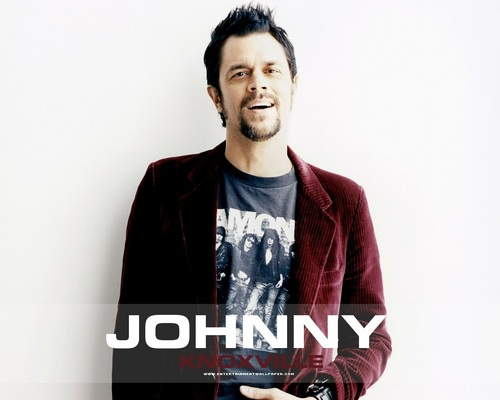 Johnny Knoxville 바탕화면 possibly containing an outerwear, a well dressed person, and a 블라우스 called Johnny Knoxville