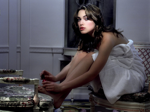 Keira Knightley wallpaper probably with a lunch, an antipasto, and a tamale entitled Keira Knightley