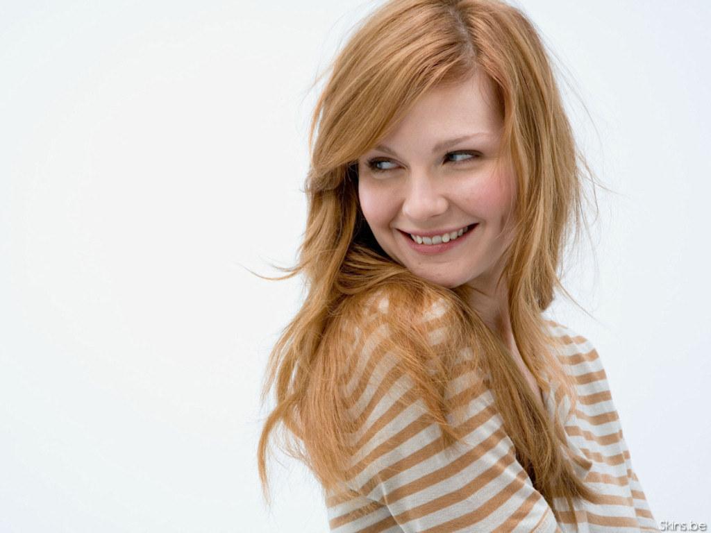 http://images1.fanpop.com/images/photos/1300000/Kirsten-kirsten-dunst-1378324-1024-768.jpg