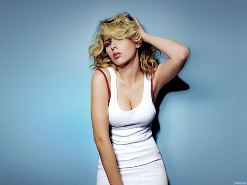 Scarlett Johansson wallpaper probably containing a bustier, a leotard, and a cocktail dress entitled Scarlett