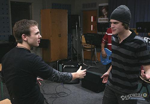 Season 7: Peter & Spinner