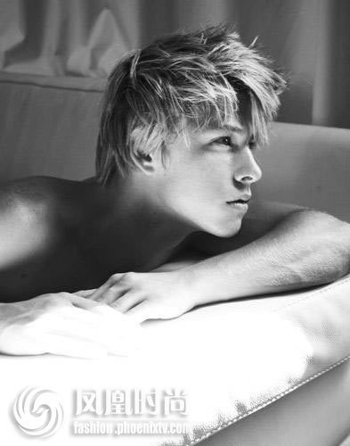 Sexy Mitch Hewer