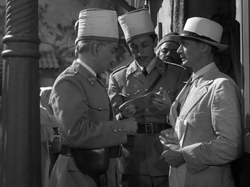 Casablanca wallpaper with a green beret, battle dress, and regimentals titled Victor Laszlo