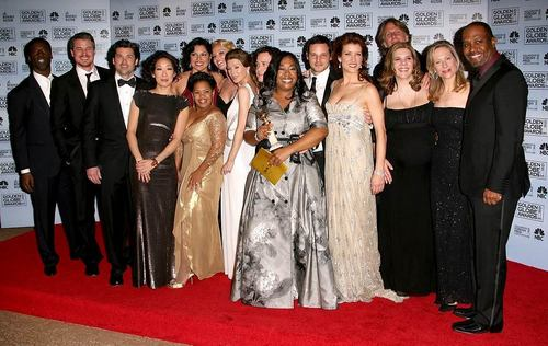 Grey's Anatomy پیپر وال probably with a bridesmaid titled grey's anatomy cast