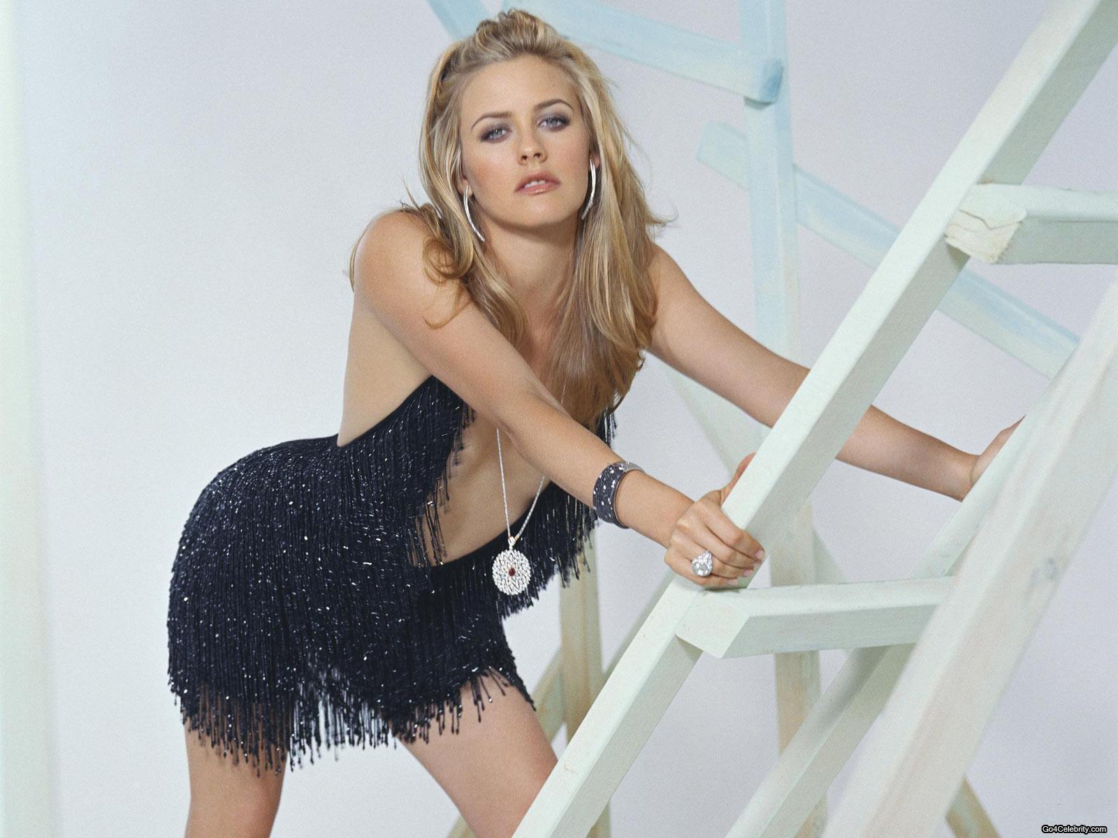 Prekrasna Zenska Stvorenja Alicia-Silverstone-actresses-1447154-1600-1200