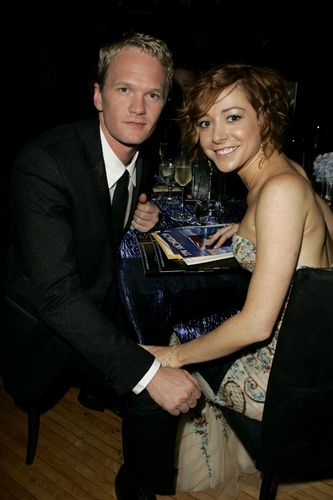 Alyson Hannigan achtergrond with a business suit, a suit, and a dress suit titled Aly & NPH