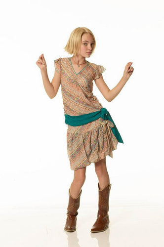 AnnaSophia Robb wallpaper probably containing a frock, a chemise, and a cocktail dress entitled AnnaSophia Robb