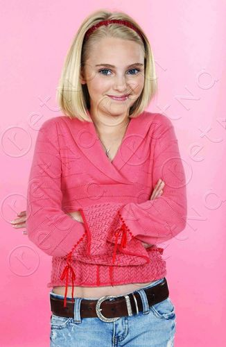 AnnaSophia Robb wallpaper possibly with an outerwear called AnnaSophia Robb